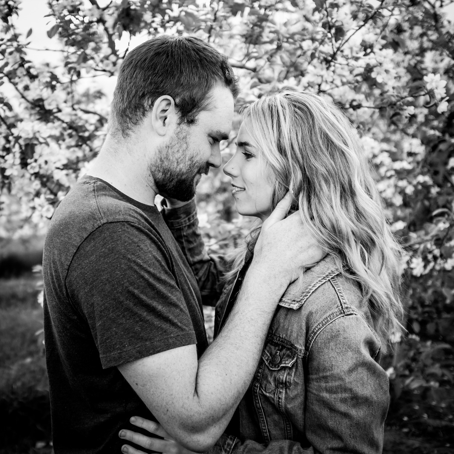 Romantic black and white photo of a couple fun ways to photograph couples that are