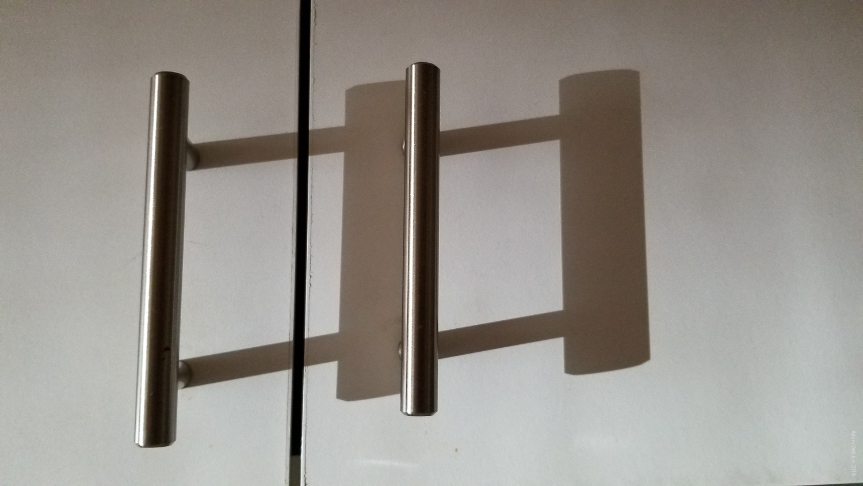 door handles - Mobile Phones Versus DSLRs