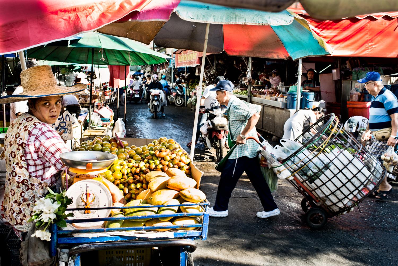 Bust Chiang Mai Market by Kevin Landwer-Johan