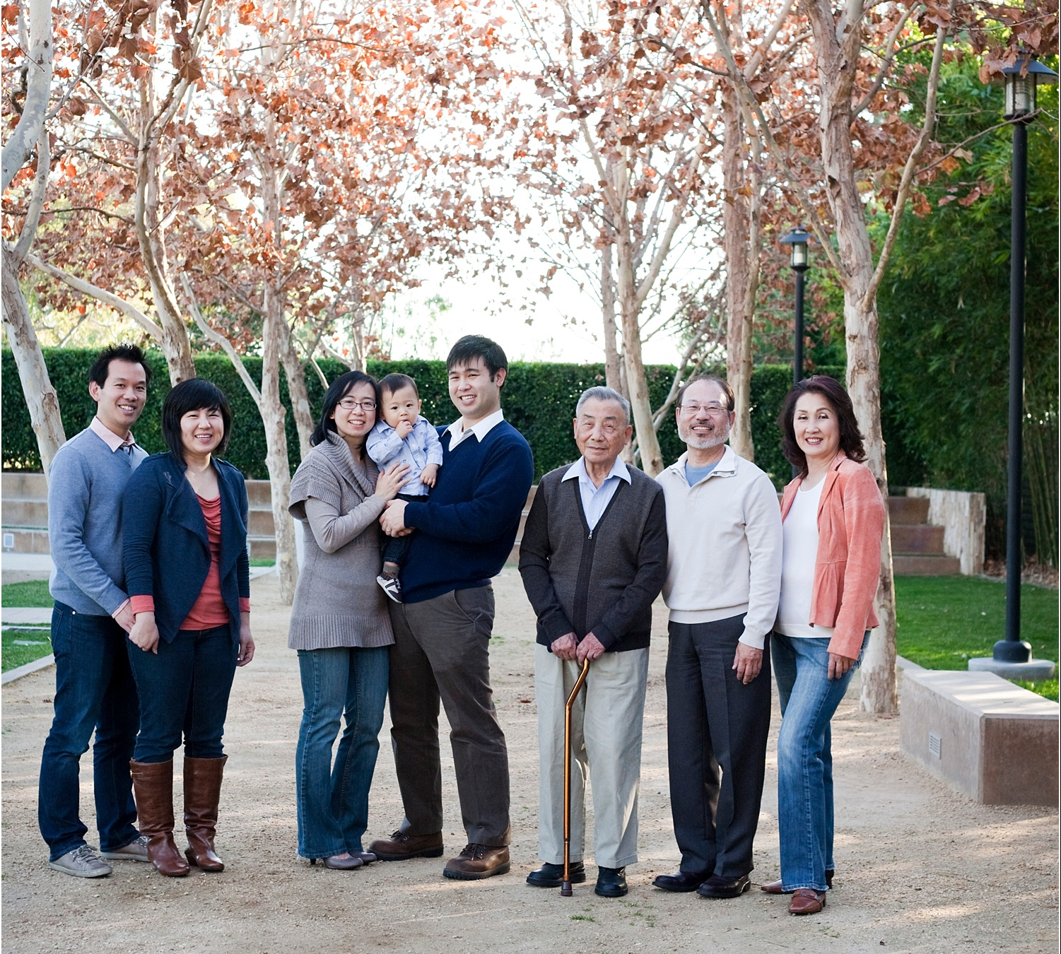 tips for posing large families and groups