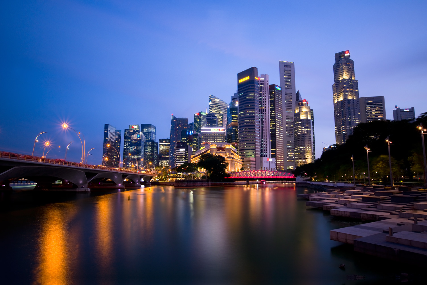 Singapore in focus - Out of Focus Cityscape Bokeh Images at Blue Hour