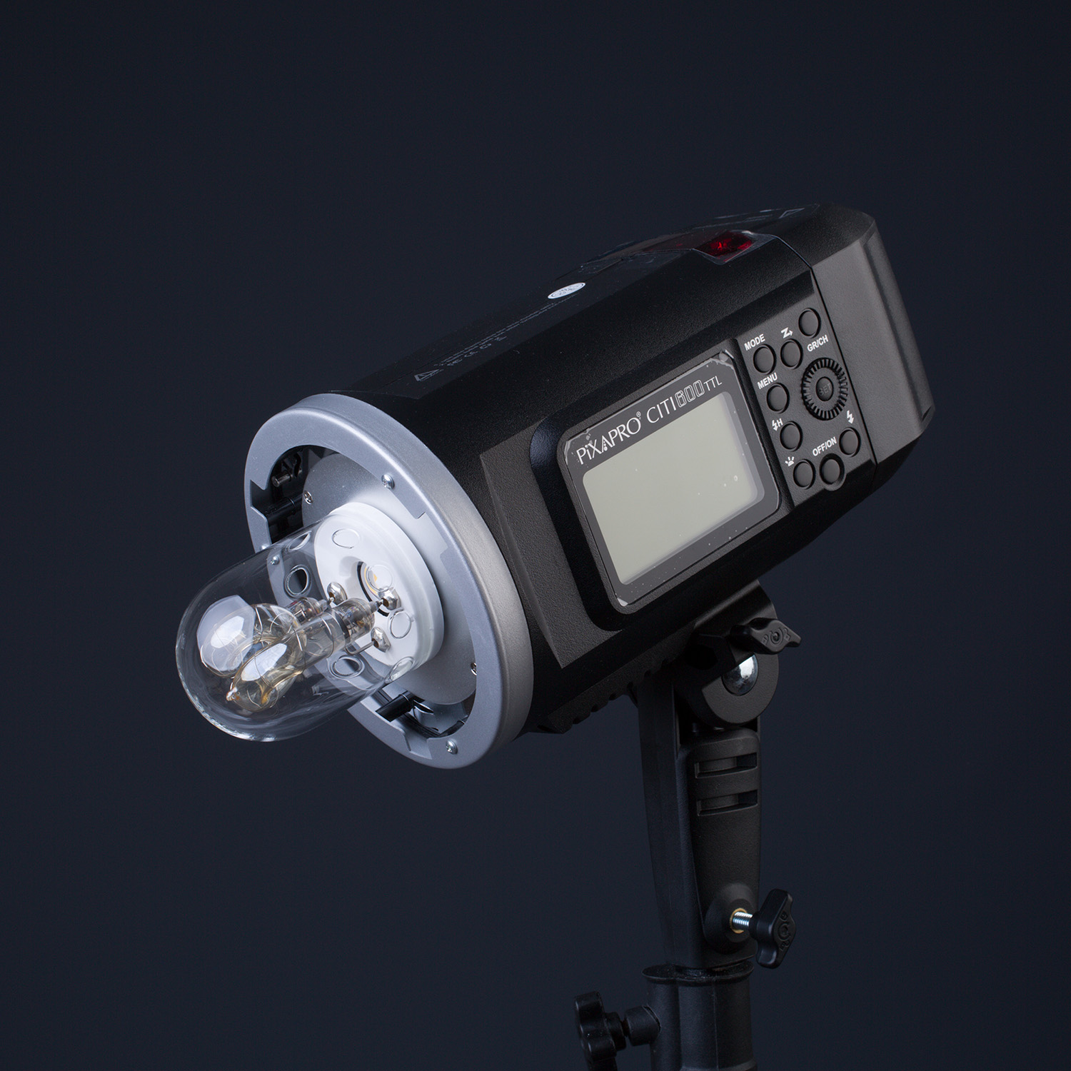 Light Review: The PiXAPRO CITI600 Portable Strobe (Godox Wistro AD600BM)