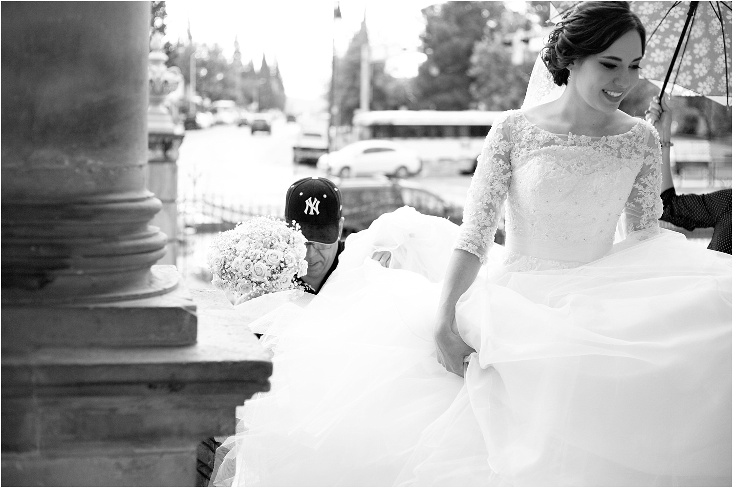 wedding day photography - b/w bride