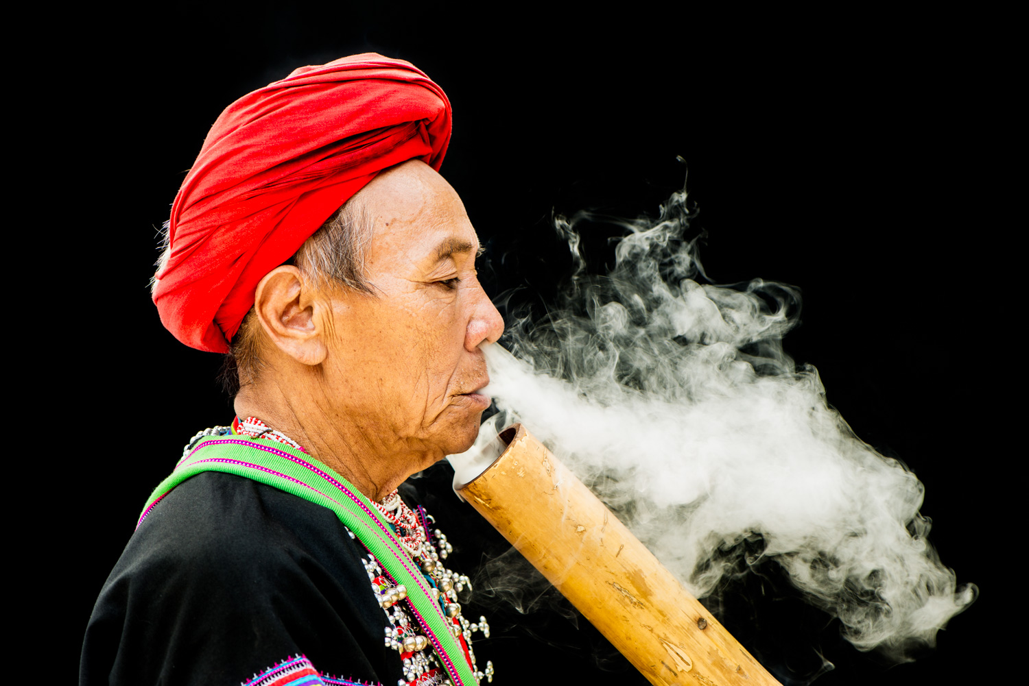 Why You Should Have Photography Heroes Lahu Smoker