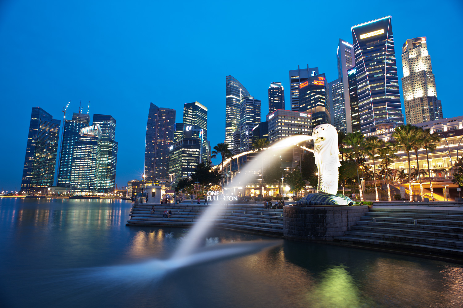 Merlion Park, Singapore Using a Slow Shutter Speed to a Create Sense of Motion