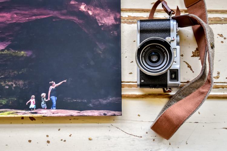Printing versus digital photos' s