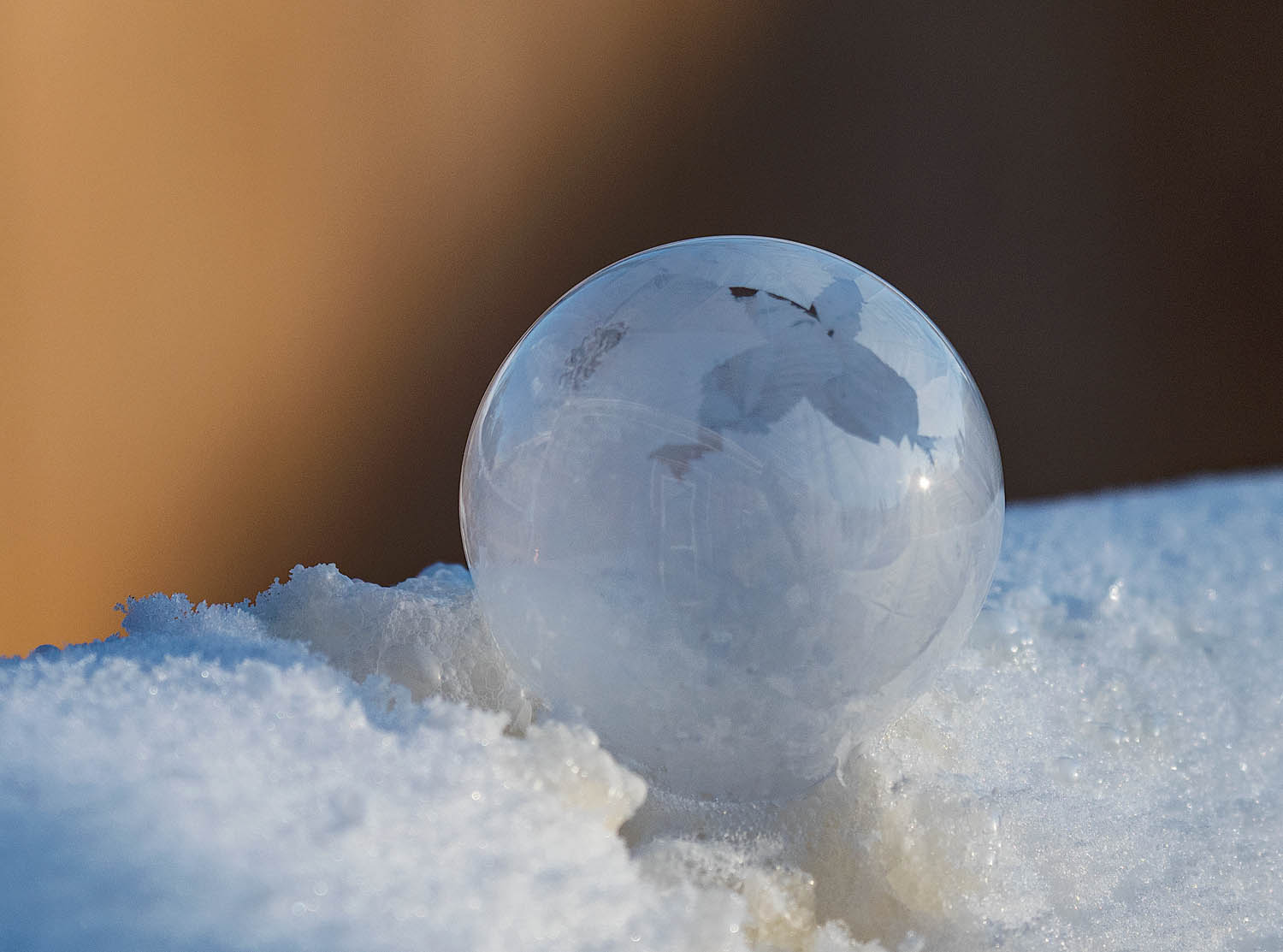 Image: Bubble frozen solid with corn syrup