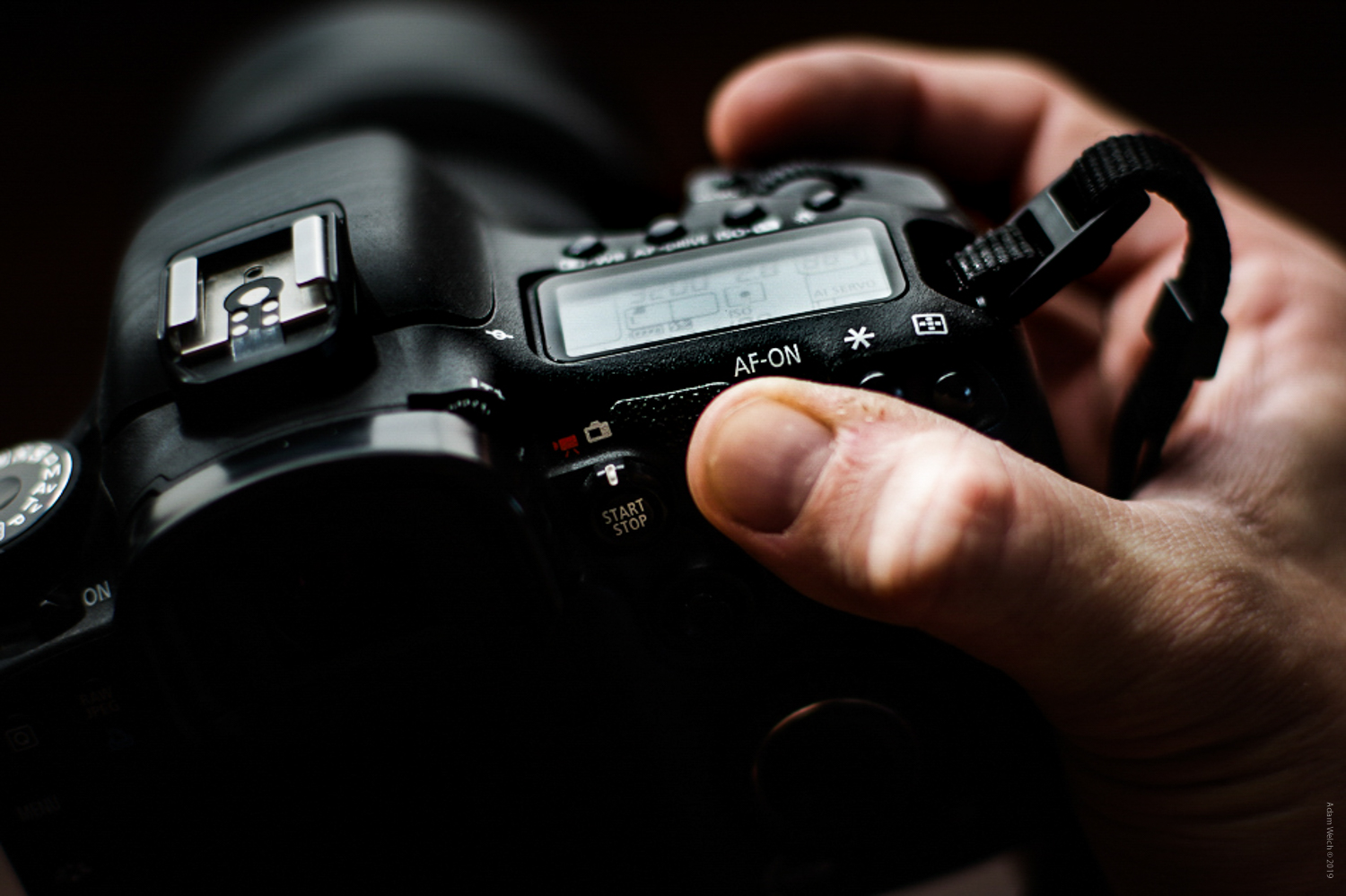 4-signs-its-not-time-to-upgrade-your-camera-2