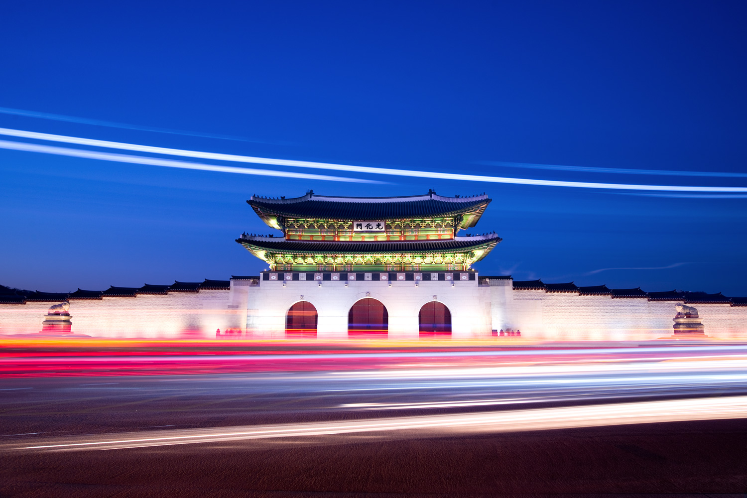 Gyeongbokgung Palace (Korea) (24mm, f/8, 30 seconds, ISO100)