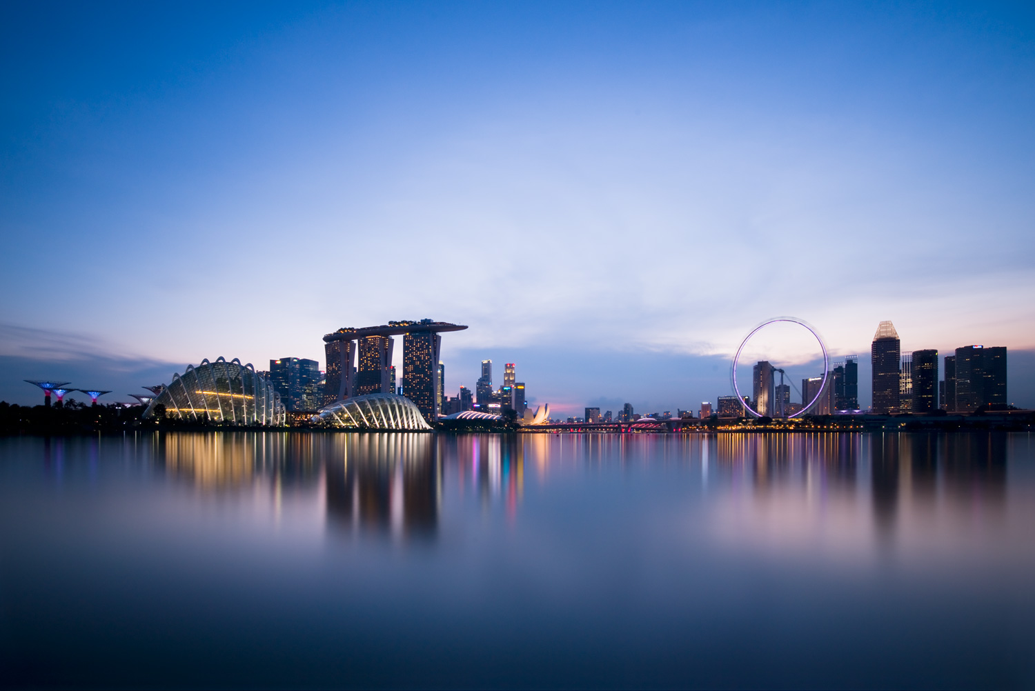 waterfront-cityscapes-at-blue-hour