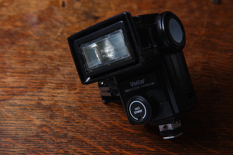 Off camera flash in photography Vivitar 285 flash