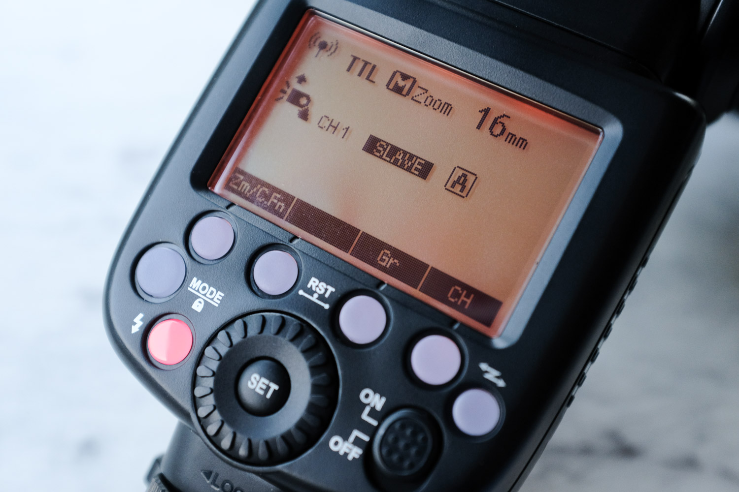 Image: The TT685 in slave mode- note the color of the LCD panel has changed to orange.