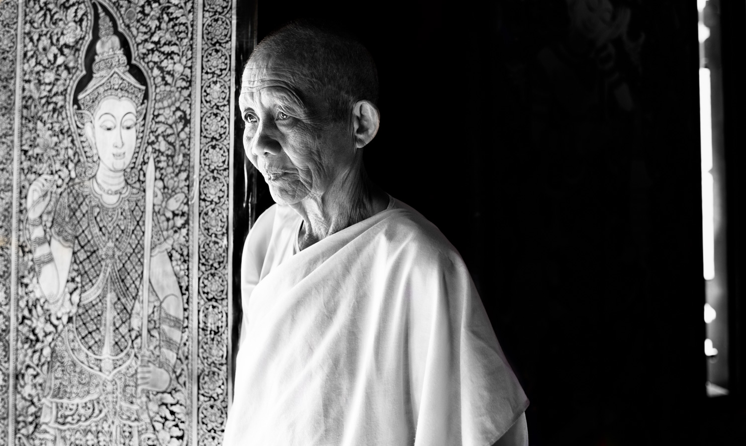 Buddhist nun at a temple for expose your photos