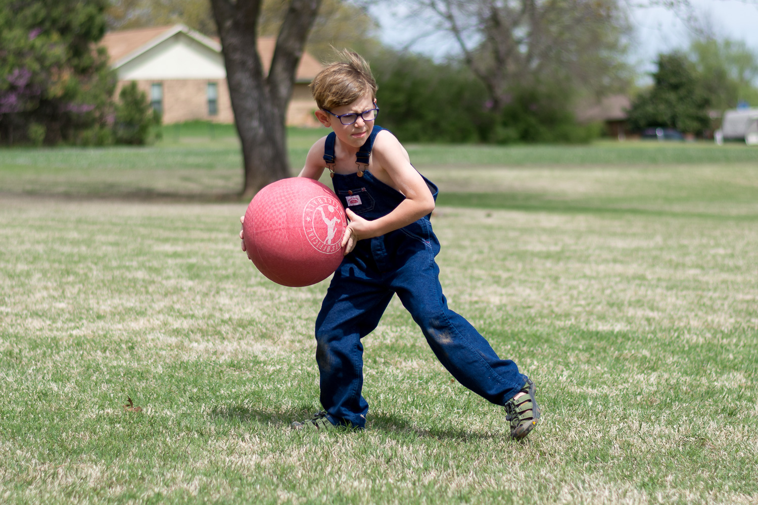 beginner photography tips – a child playing sport