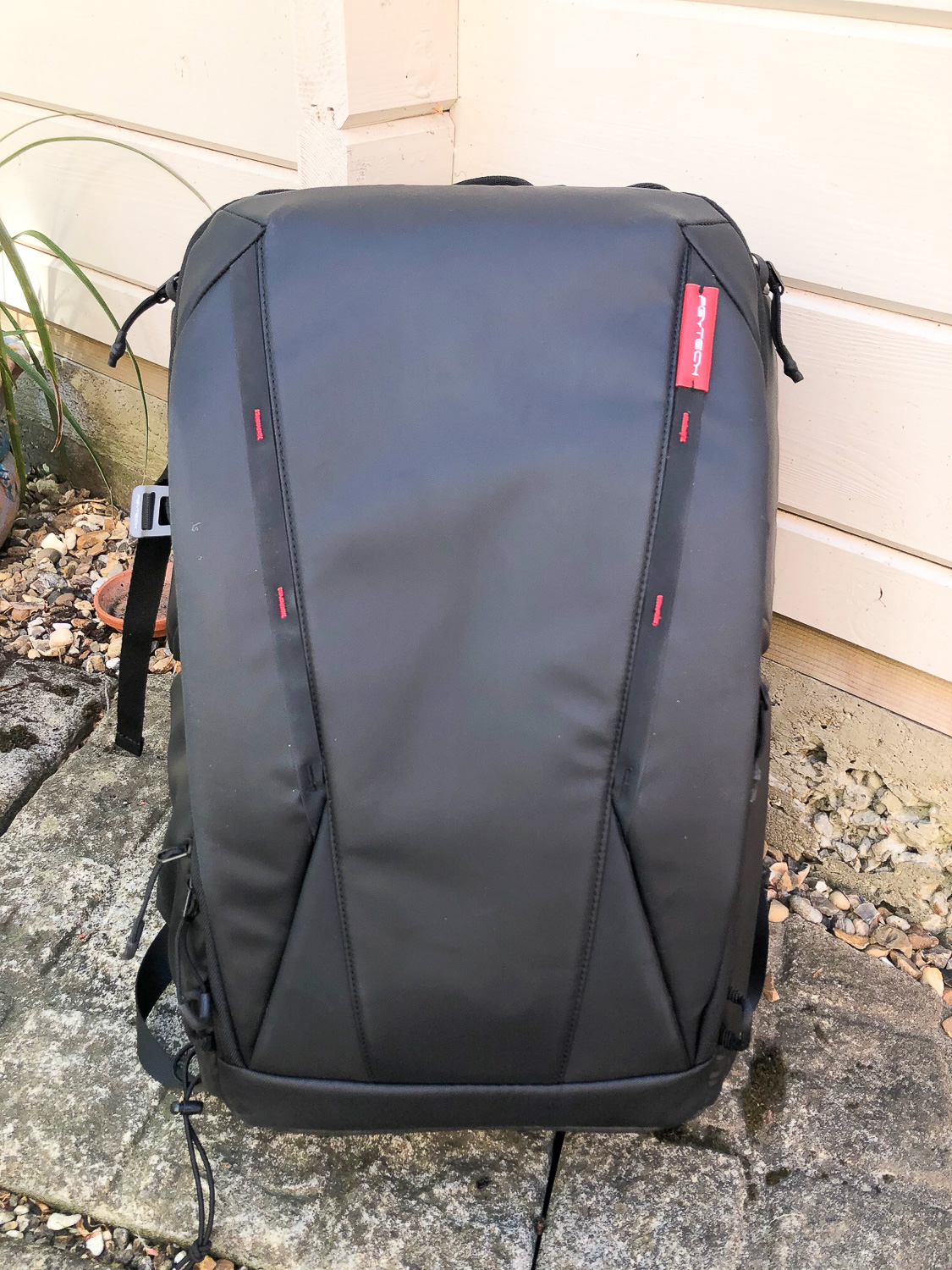 Onemo 25L Backpack Review