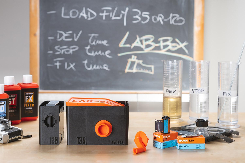 A Lab-Box developing kit