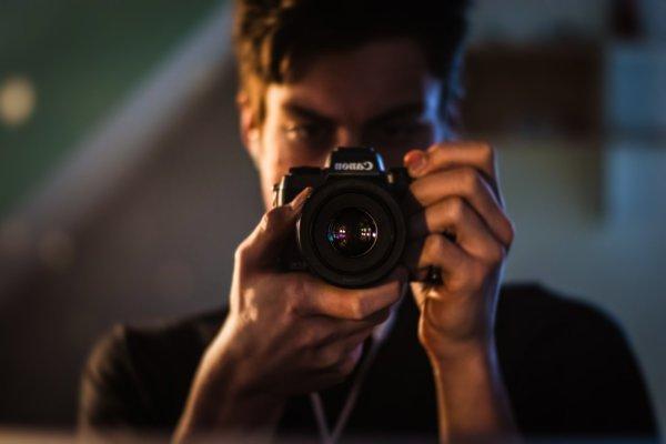 Self Portraits – 7 Tips for Going Beyond the Basics