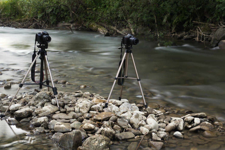 tripod vs monopod tripods in a stream