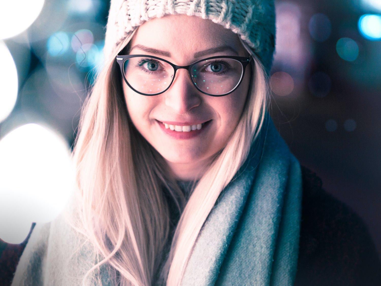 wide aperture portrait