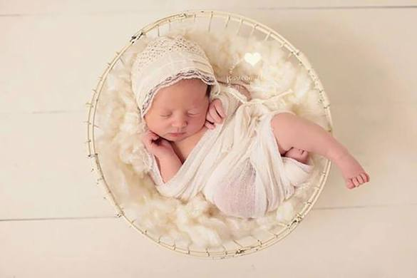 34. Newborn Wrap