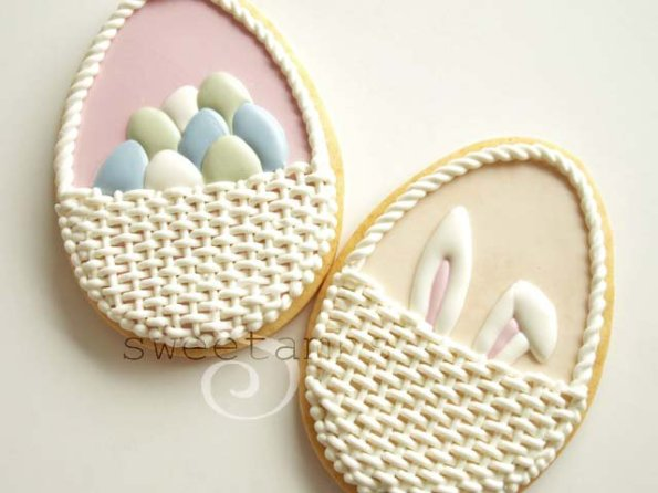 20. Decorated Easter Basket Cookies