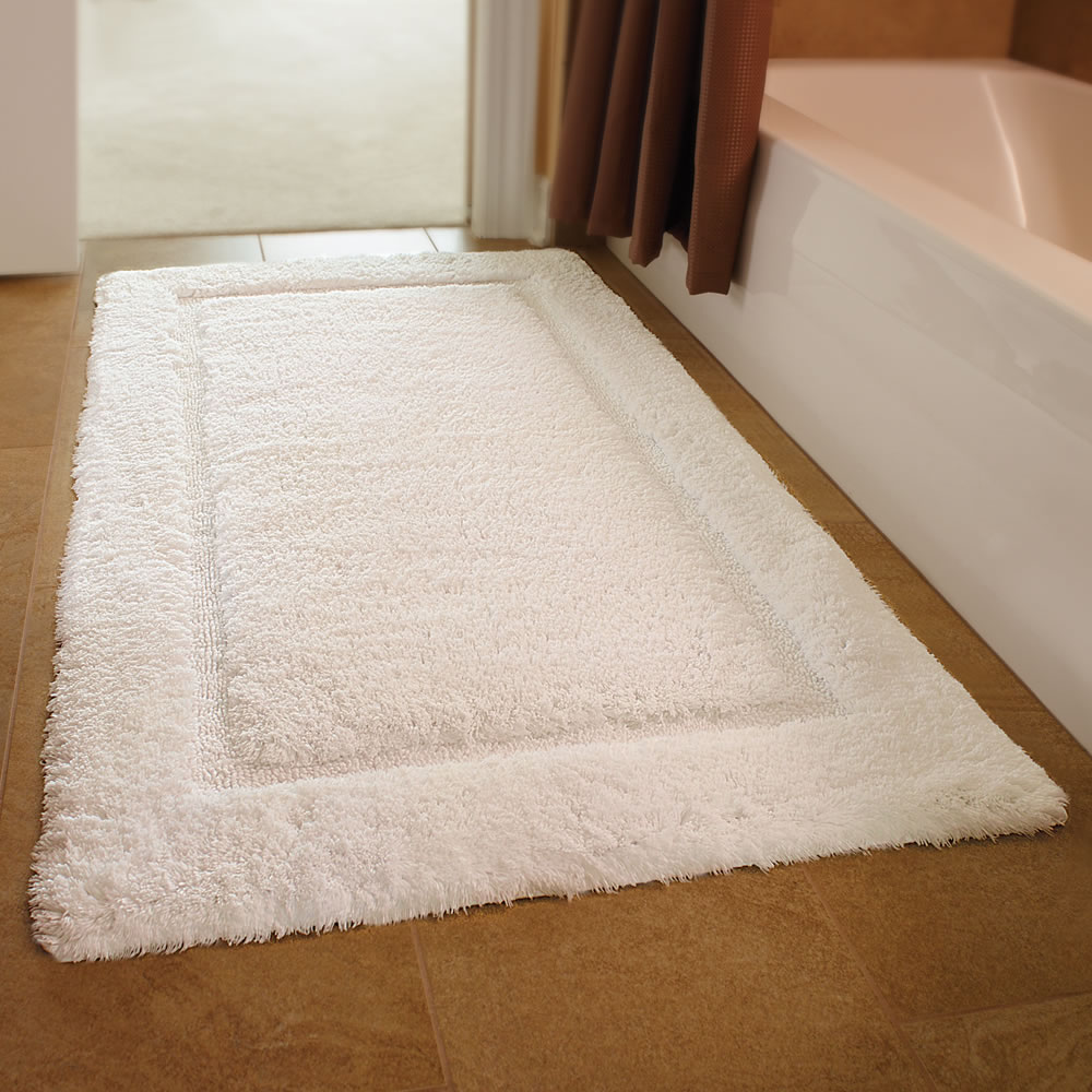 the european luxury spa bath mat - hammacher schlemmer