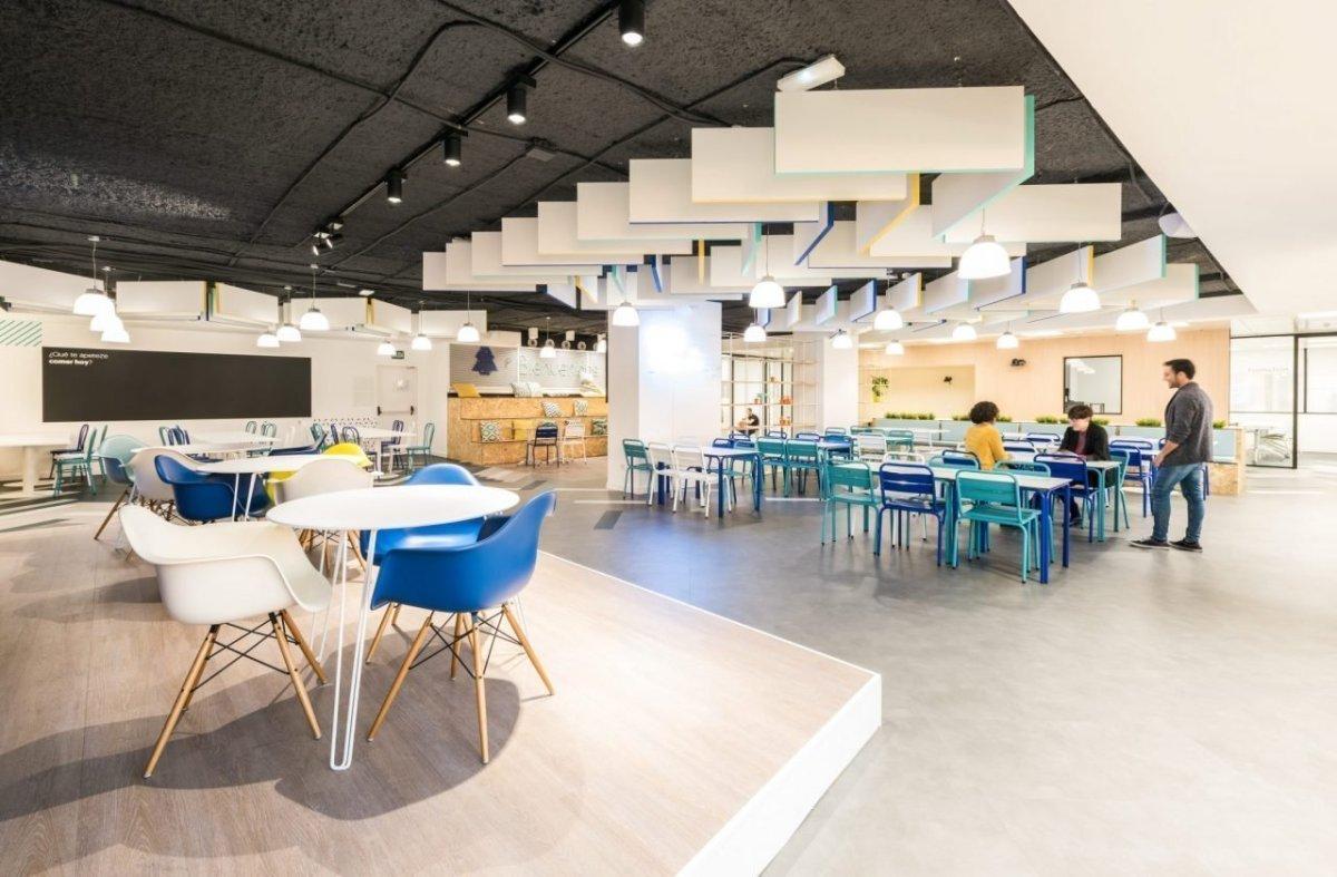 Salas de reuniones, escenario de la colaboración empresarial