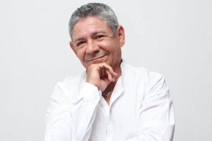 Chuchito Ibarra regresa con su Orquesta para decir «Somos amantes y Qué»