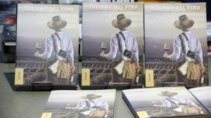 Premian libro argentino sobre turismo del vino