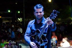 El músico Julio Valecillos celebra su trayectoria