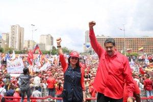 Maduro, el chófer que se resiste a perder el control del autobús