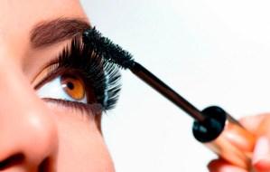 Cinco consejos para maquillar las pestañas