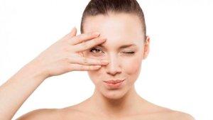 Pon en práctica estos consejos y eliminarás las ojeras