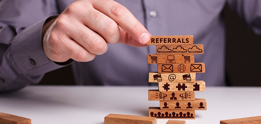 how-the-top-brands-use-referral-marketing-targeted-leads
