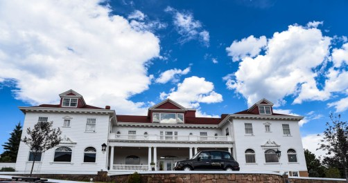 """The famous Stanley Hotel that inspired Stephen King's """"The Shining"""" 