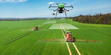 eknologi pertanian presisi precision agriculture - drone512 620x330 1 - Manfaat Teknologi Precision Agriculture / Pertanian Presisi