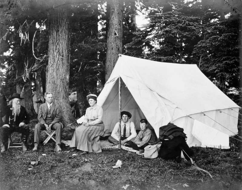 Joaquin Miller with Senator Fulton's family, Crater Lake, Oregon, 1903
