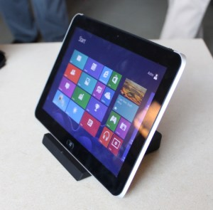 HP ElitePad 900 - Windows 8 Tablet