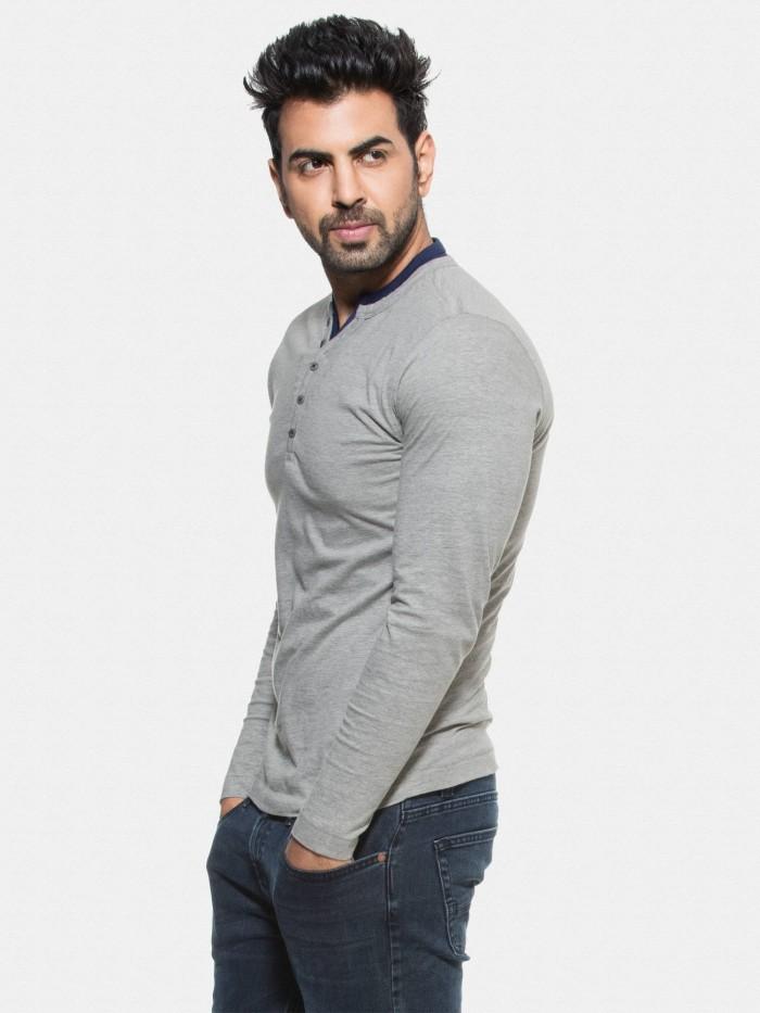 Dove-Grey-T-shirt-Arjun-Rampal