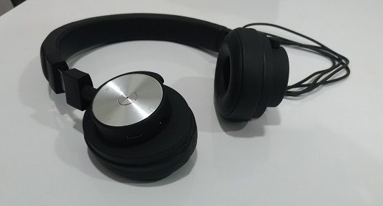 ht600 wireless on ear headphone