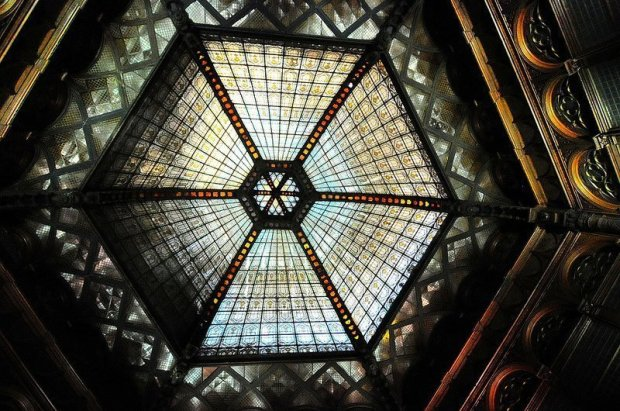 hexagonal art deco glass dome pariszi udvar