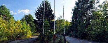 dreilinden checkpoint bravo flaggen