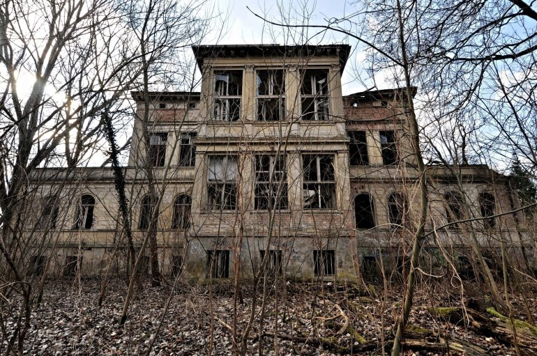 lost places abandoned villa germany urbex