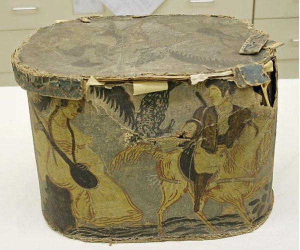 Hatbox, early 19th century.
