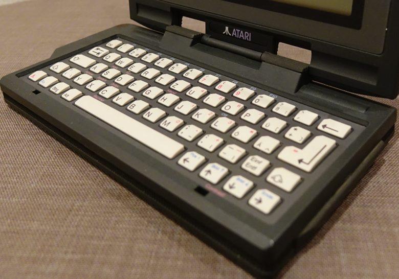 Mini-Tastatur des Atari Portfolio. Entwicklung der Computertastaturen