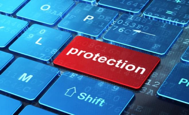 Zwölf Maßnahmen zur Absicherung gegen Angriffe aus dem Internet (BSI)