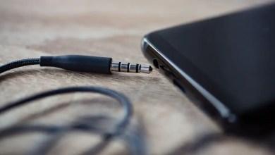 broken headphone jack