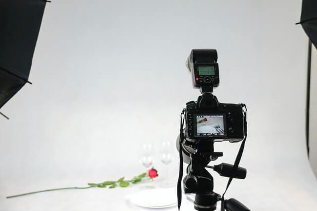 pexels-photomix-company-106011