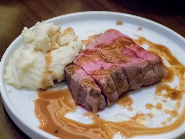 カジュアルな隠れ家イタリアン 肉ビストロ WAIGAYA