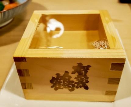昭和なカウンターで加茂鶴の樽酒 有楽町 東京交通会館 ひろしまや